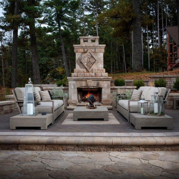 Belgard Rooms Features Fireplace